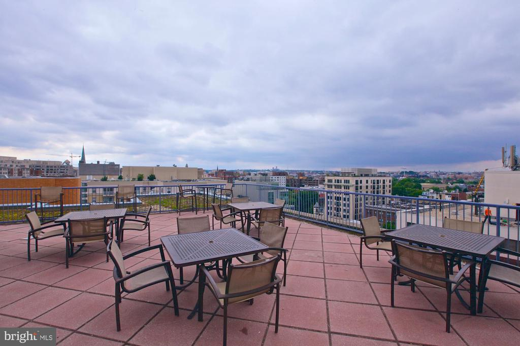 Beautiful views from the Rooftop - 1117 10TH ST NW #504, WASHINGTON