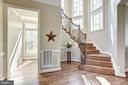 Beautiful staircase with wrought iron - 40989 GRENATA PRESERVE PL, LEESBURG