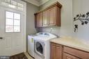 Laundry with separate entrance - 40989 GRENATA PRESERVE PL, LEESBURG