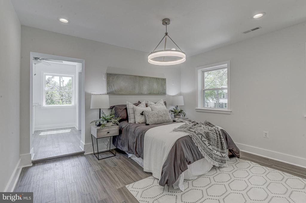 Master Bedroom - 3701 SOUTH DAKOTA AVE NE, WASHINGTON
