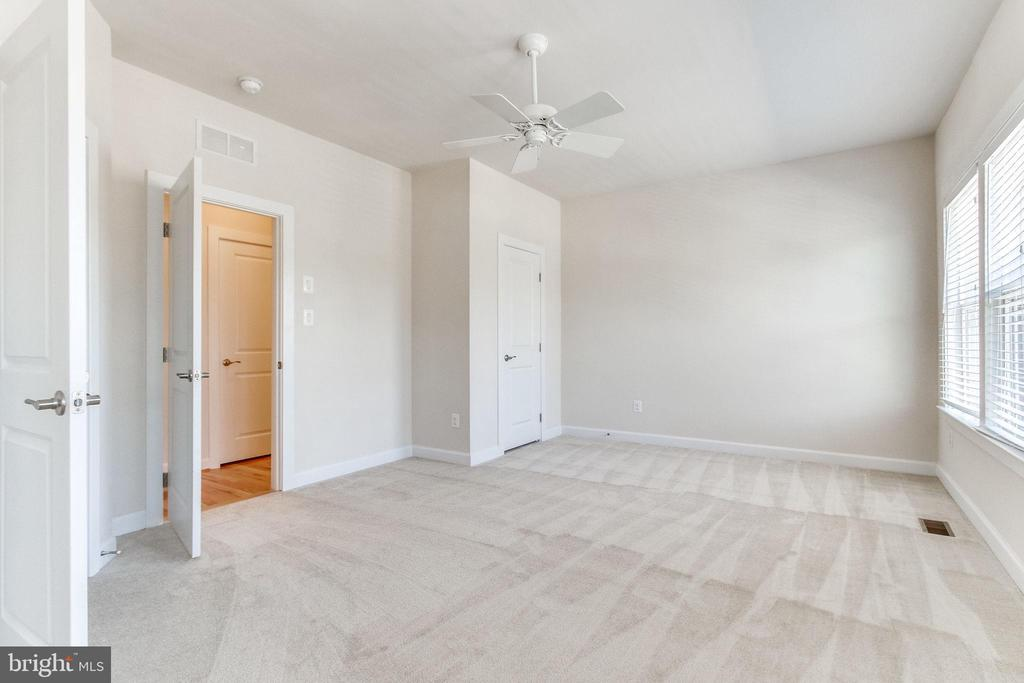 The second bedroom occupies the space that ... - 3160 VIRGINIA BLUEBELL CT, FAIRFAX