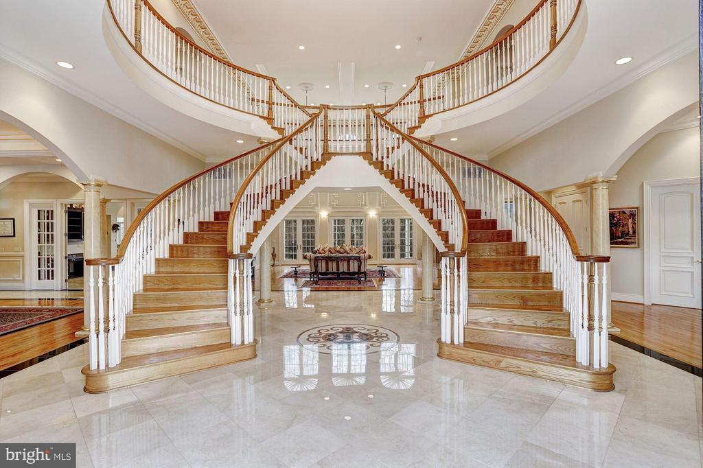 Grand Two Story Foyer - 24 BRETT MANOR CT, COCKEYSVILLE