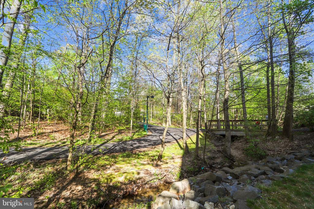 Community trails are just outside your door! - 1911 LOGAN MANOR DR, RESTON