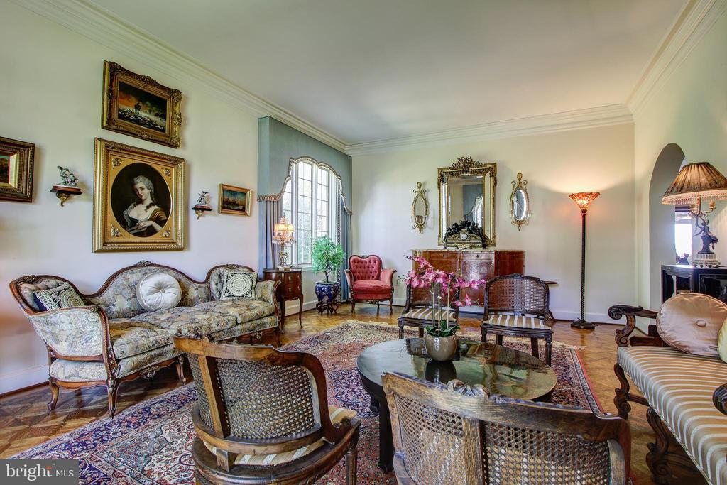 Living Room - Beautiful Hardwood Floors - 3905 BELLE RIVE TER, ALEXANDRIA
