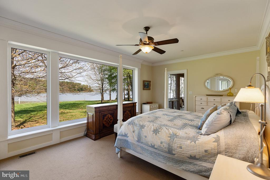 The master bedroom with water views - 15270 HATTON LANDING DR, NEWBURG
