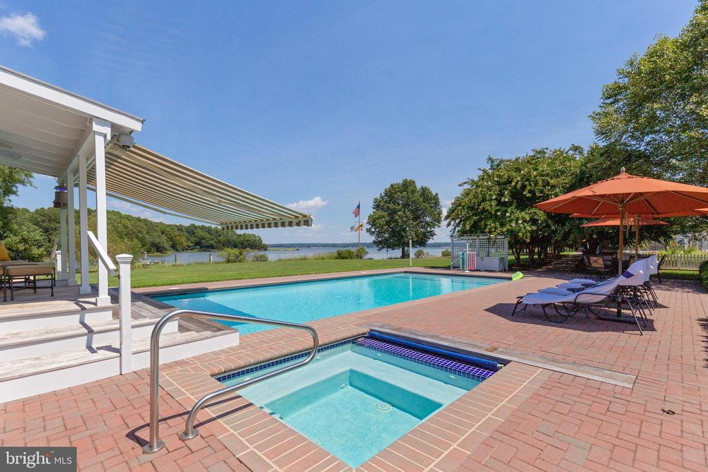 Pool area includes a reinvigorating salt-water spa - 15270 HATTON LANDING DR, NEWBURG