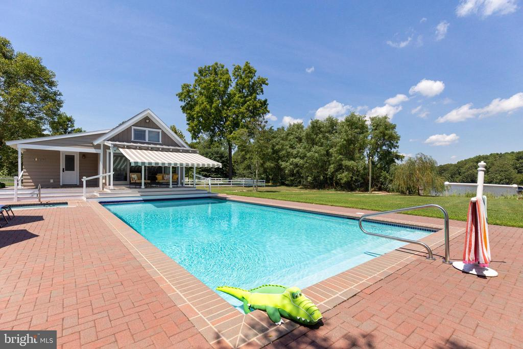 The saltwater pool is perfect on a hot day - 15270 HATTON LANDING DR, NEWBURG