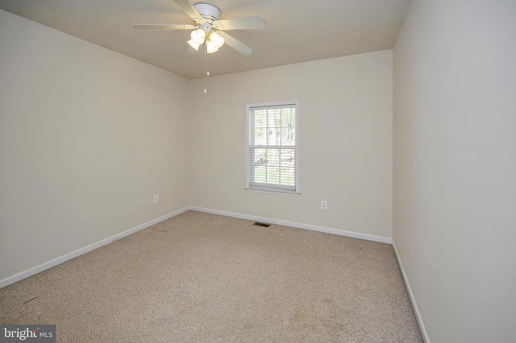 Bedroom #2 - 412 BIRDIE RD, LOCUST GROVE