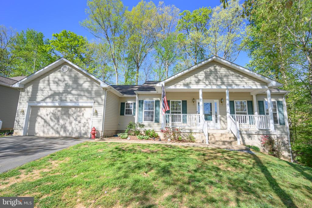 Welcome to 412 Birdie Road - 412 BIRDIE RD, LOCUST GROVE