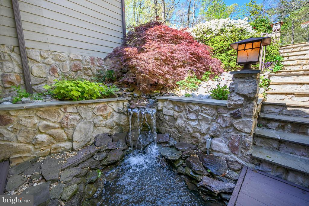 Love the sound of the waterfall into koi pond! - 118 CONFEDERATE CIR, LOCUST GROVE