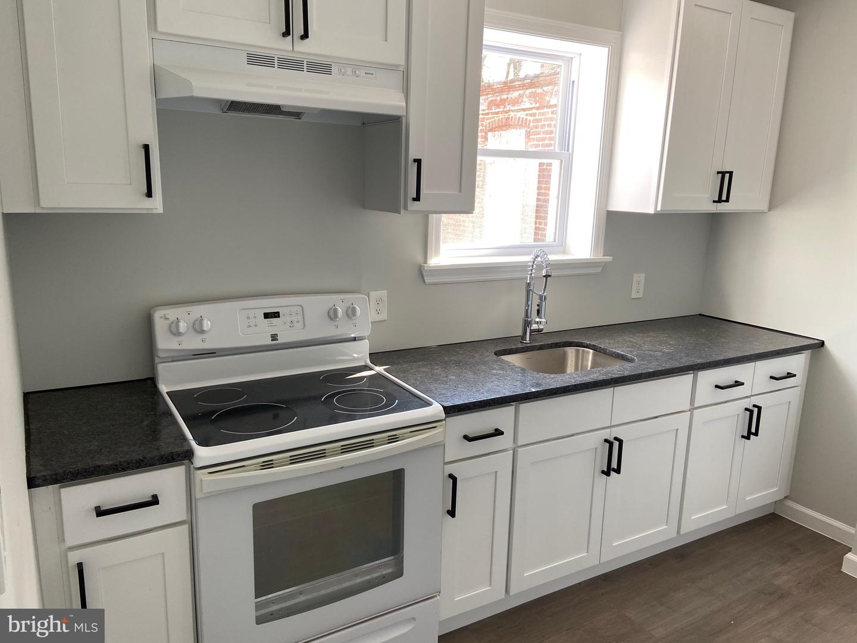 Single Family Homes للـ Rent في Trenton, New Jersey 08618 United States