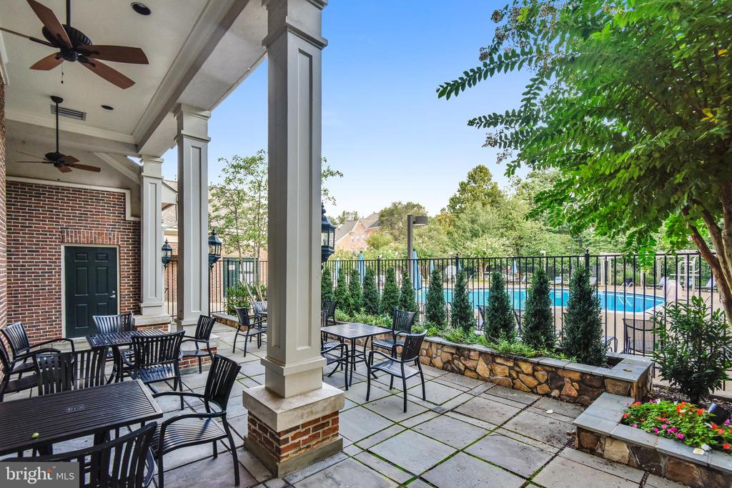 West Market Clubhouse - Patio Area - 1911 LOGAN MANOR DR, RESTON