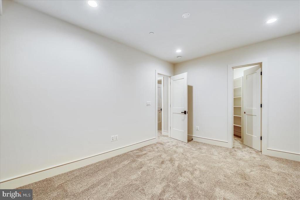 5th Bedroom - 5100 FAIRGLEN LN, CHEVY CHASE