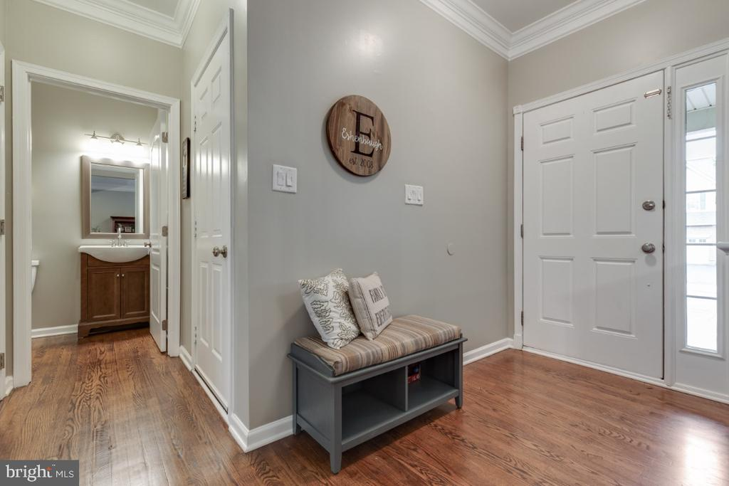 Open Foyer - 43609 DUNHILL CUP SQ, ASHBURN