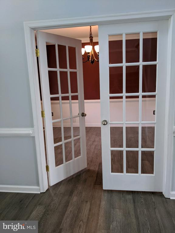 Entrance of dining room - 109 PARLIAMENT ST, LOCUST GROVE