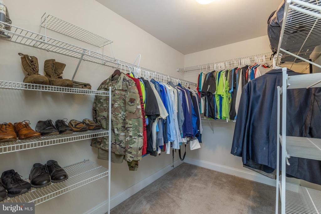 Master closet #1 - 25916 SYCAMORE GROVE PL, ALDIE