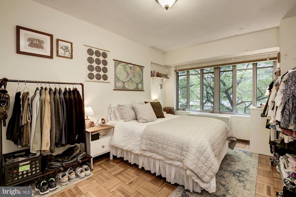 Large Bedroom - 1711 MASSACHUSETTS AVE NW #214, WASHINGTON