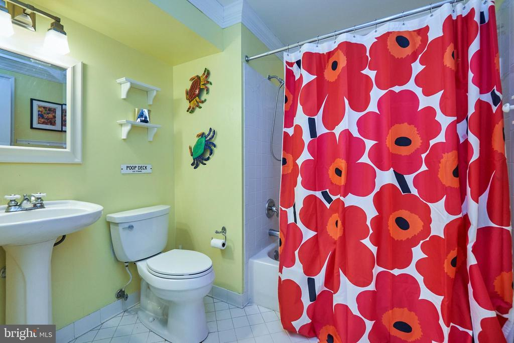 Full Lower Level Bathroom - 5809 MAGNOLIA LN, FALLS CHURCH