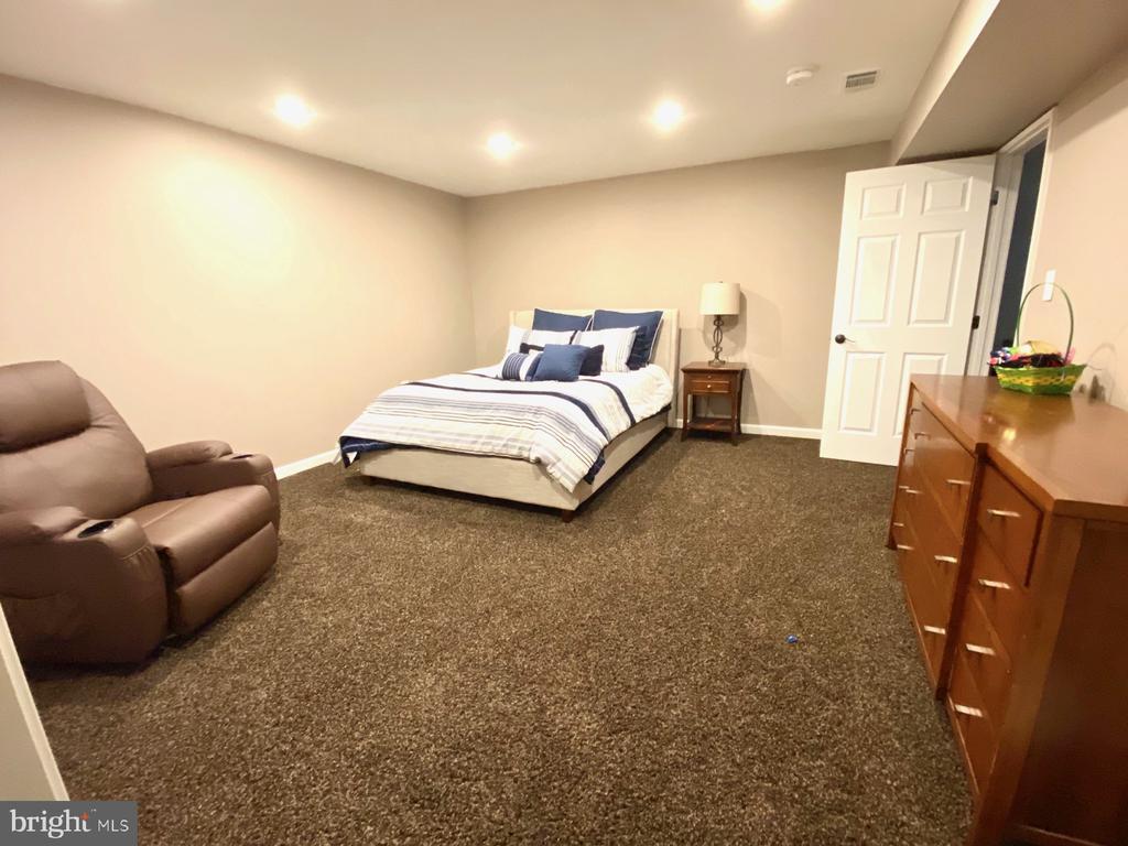Bonus Room #1 - - 17720 CRICKET HILL DR, GERMANTOWN