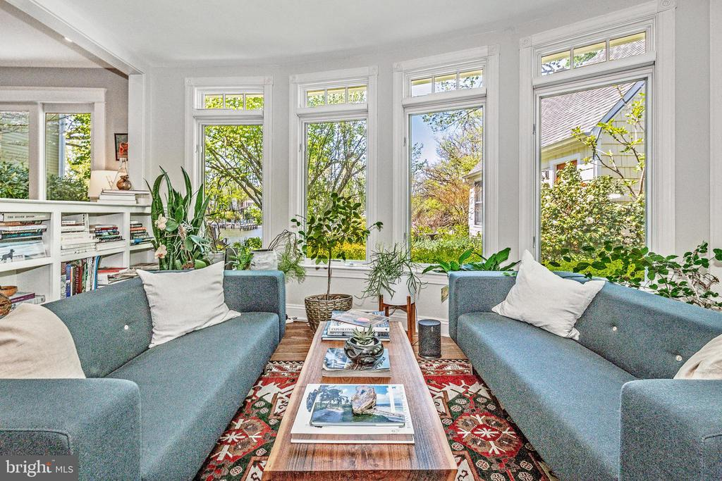 A room with a view! - 610 BURNSIDE ST, ANNAPOLIS