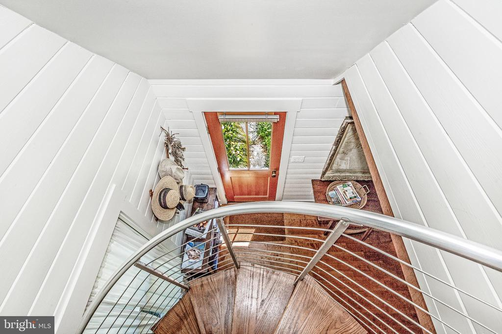 View from spiral staircase - 610 BURNSIDE ST, ANNAPOLIS