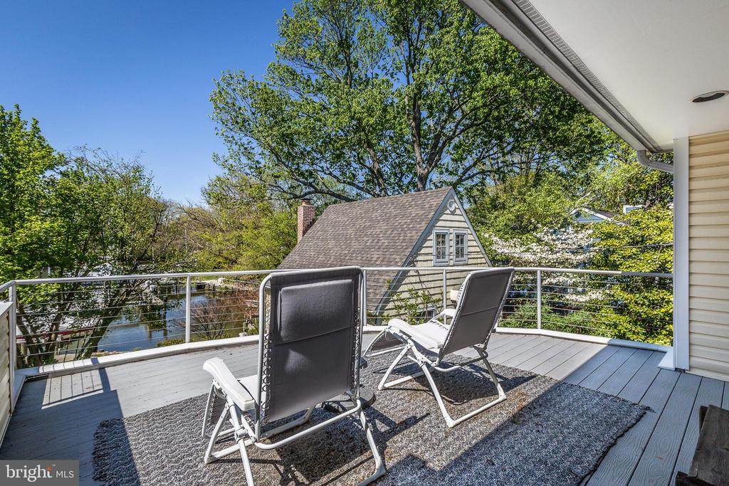 Balcony off master capturing waterfront - 610 BURNSIDE ST, ANNAPOLIS