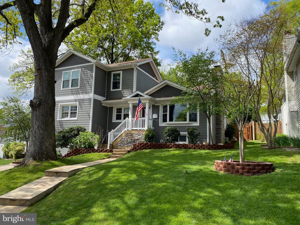 Welcome home to 2912 S Grant St! - 2912 S GRANT ST, ARLINGTON