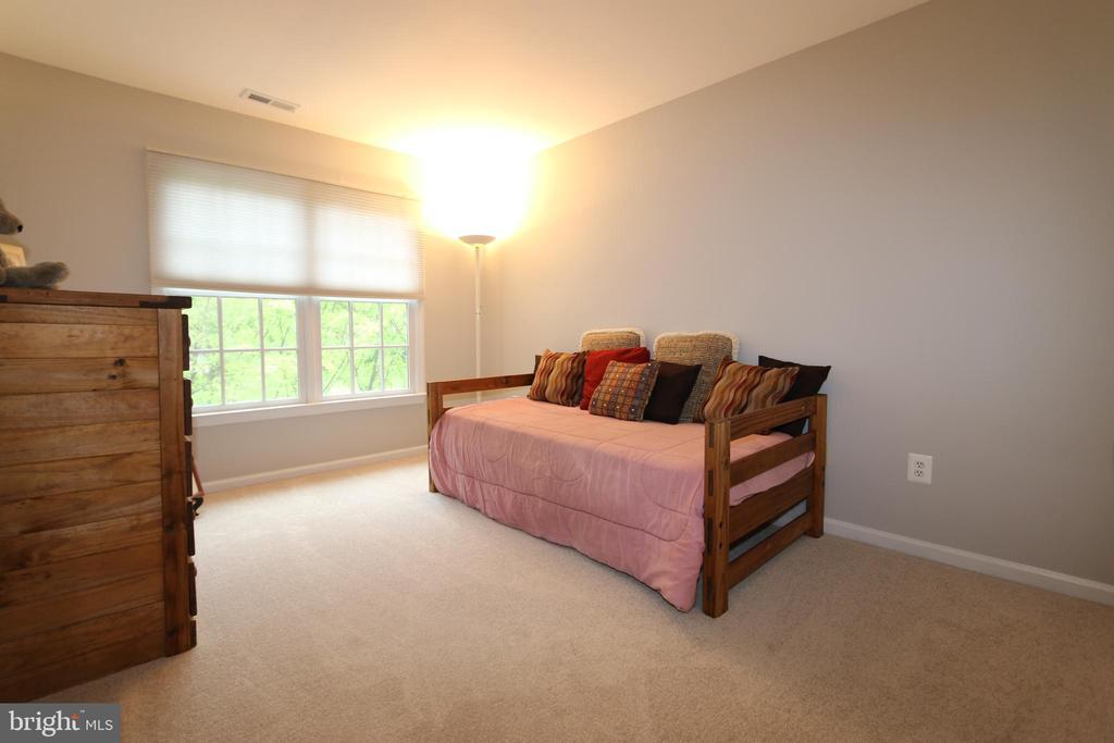 Bedroom 4 (13' X 10