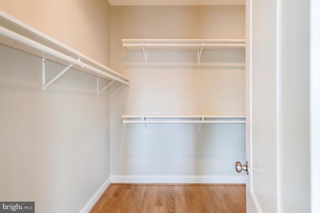 Owner~s suite walk-in closet - 1122 6TH ST NE, WASHINGTON