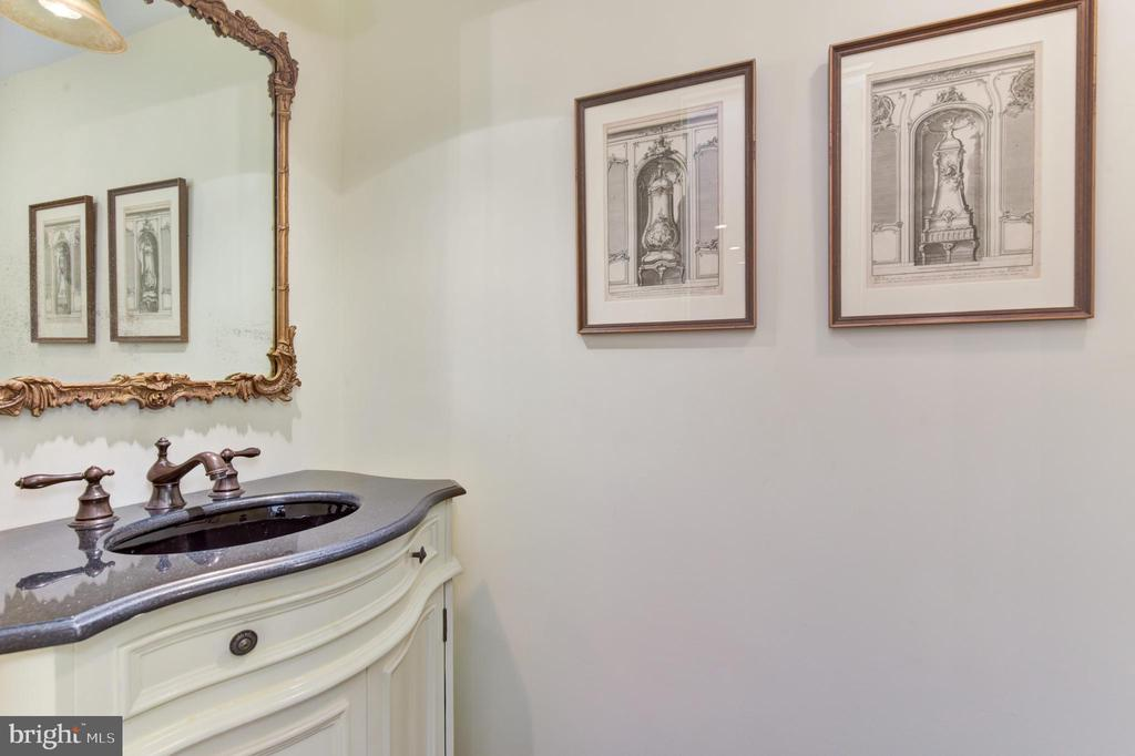 Powder room - 2801 NEW MEXICO AVE NW #1211, WASHINGTON