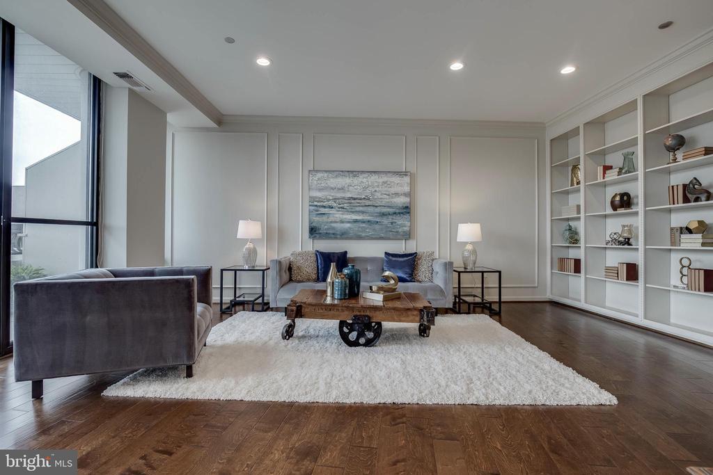 Living Room - 1300 CRYSTAL DR #PH14S, ARLINGTON