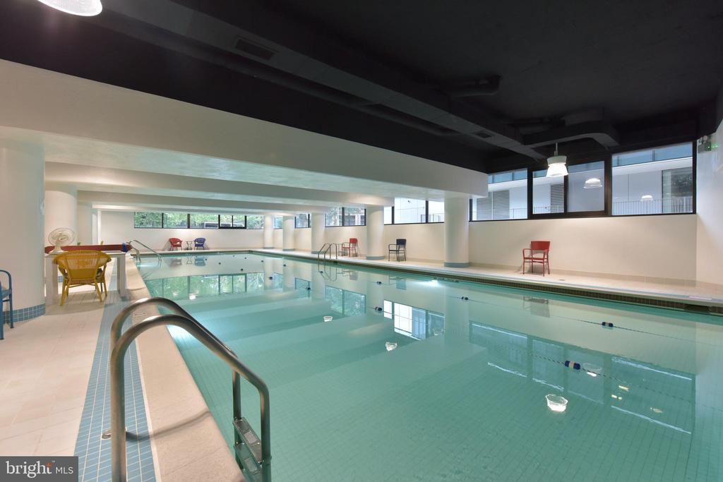 Indoor Pool - 1300 CRYSTAL DR #PH14S, ARLINGTON