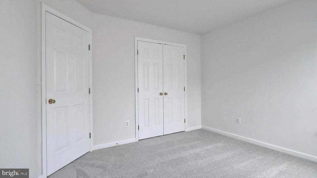 Bedroom 4 - 43262 LECROY CIR, LEESBURG
