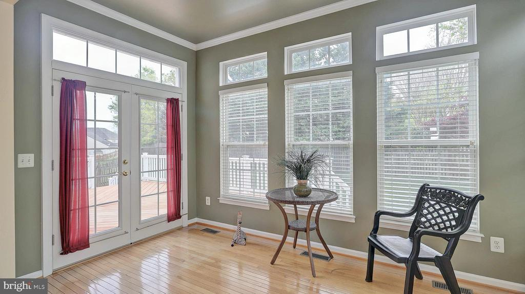 Morning Room, off kitchen, french door to deck - 43262 LECROY CIR, LEESBURG