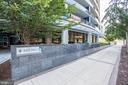- 1881 N NASH ST #804, ARLINGTON