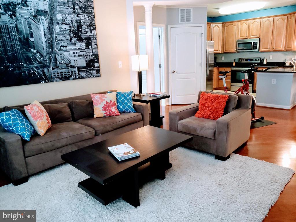 Living area - 24701 BYRNE MEADOW SQ #302, ALDIE