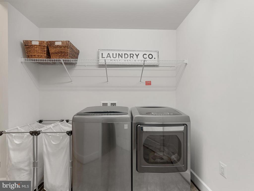 2nd floor laundry with additional storage - 41532 BLAISE HAMLET LN, LEESBURG