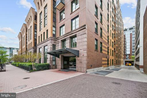 910 M ST NW #208