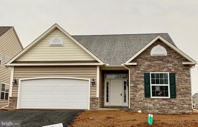 Single Family Homes för Försäljning vid New Holland, Pennsylvania 17557 Förenta staterna