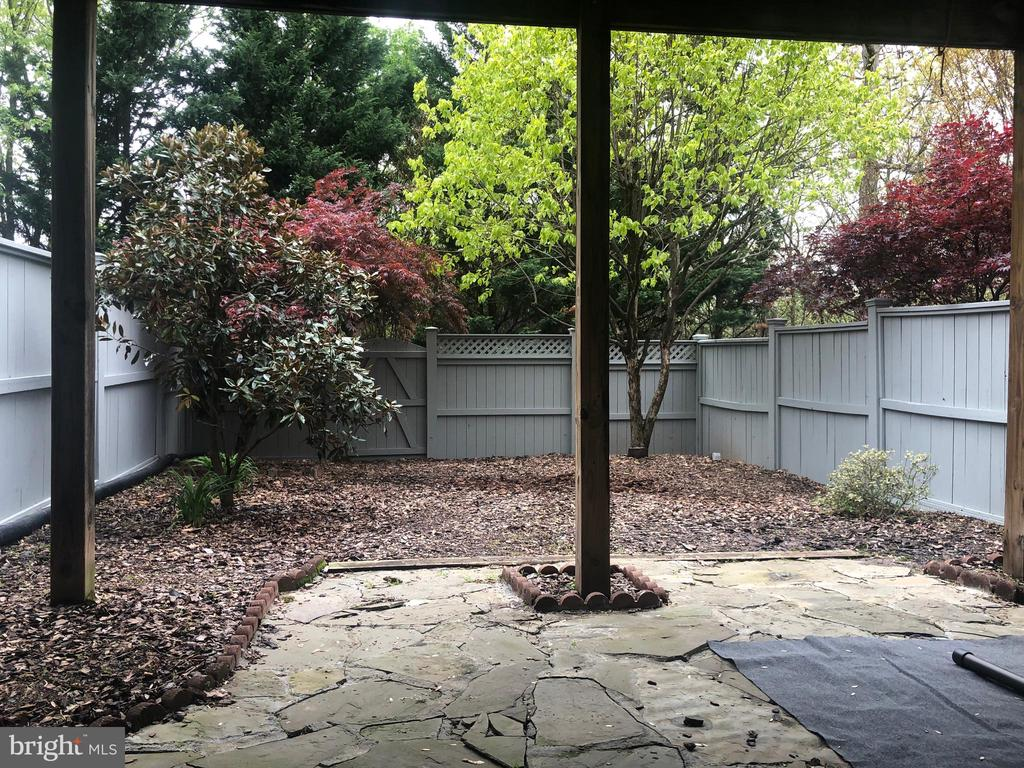 back yard has gate to paths - 12222 DORRANCE CT, RESTON