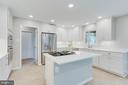 Entertain and cook at the same time! - 2106 ROBIN WAY CT, VIENNA