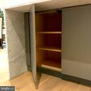 Island cabinet storage, touch locks - 114 TAPAWINGO RD SW, VIENNA