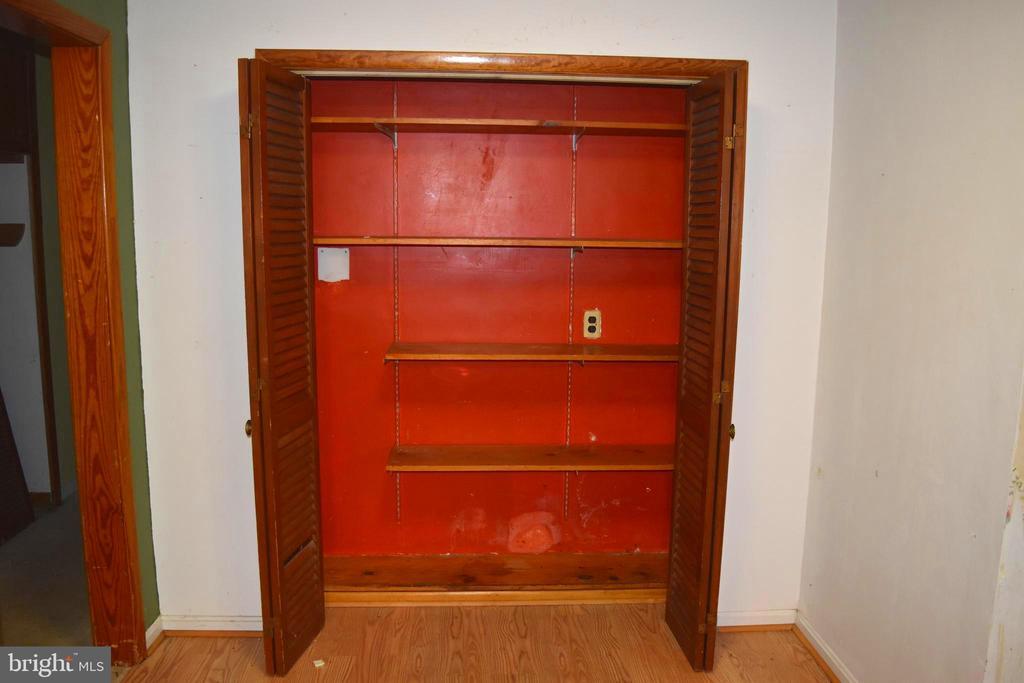 Kitchen Pantry - 95 CLARK PATTON RD, FREDERICKSBURG