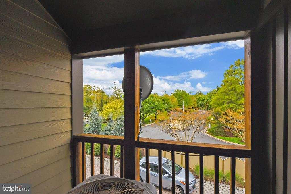 Private Owner's bedroom deck. - 7016 CLINTON CT #22A, ANNAPOLIS