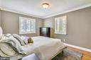 Bedroom on main level - 3425 N RANDOLPH ST, ARLINGTON