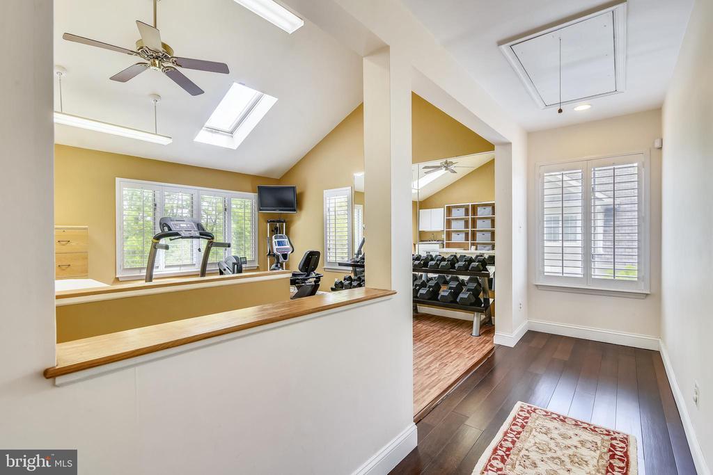 bonus area (upper level) - 3425 N RANDOLPH ST, ARLINGTON