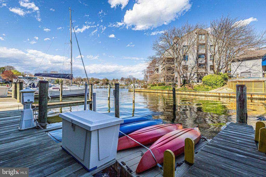 Pack your cooler and drop it right in the boat - 12 SPA CREEK LNDG #A, ANNAPOLIS
