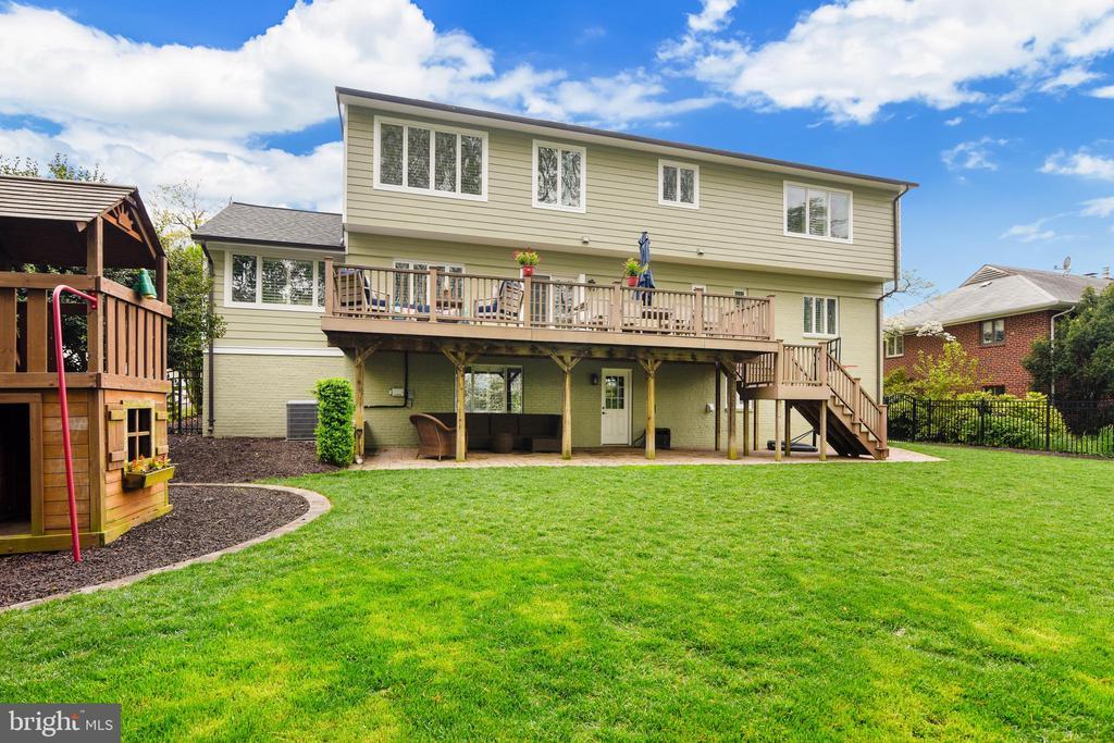 Large flat backyard - 3425 N RANDOLPH ST, ARLINGTON
