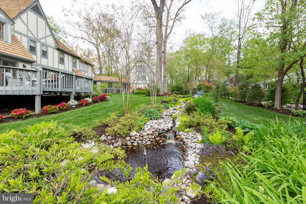 View of rear of house from water feature - 1020 MONROE ST, HERNDON