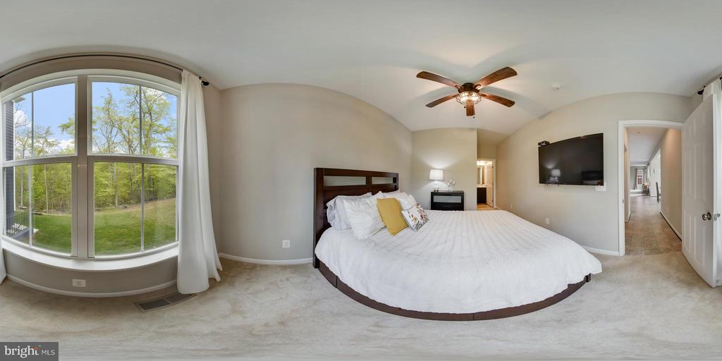 Layout of main level bedroom views of nature! - 17966 WOODS VIEW DR, DUMFRIES